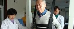 8年脑瘫患儿在同济康复出院
